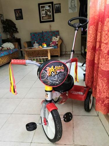 triciclo apache racing c/ barra de empuje r12 modelo 0946