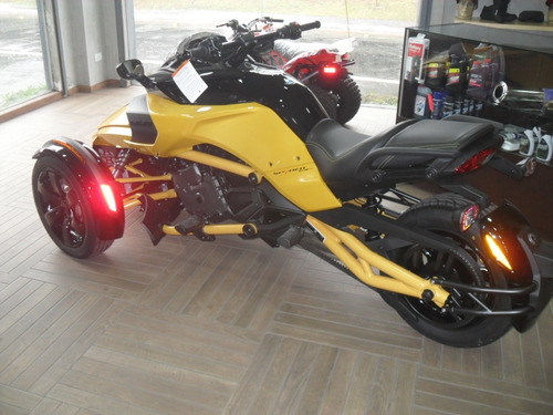 triciclo can-am spyder f3 2017 ok