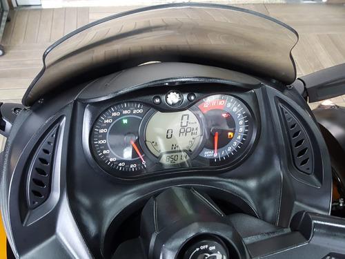 triciclo can-am spyder rss 2011 com encosto