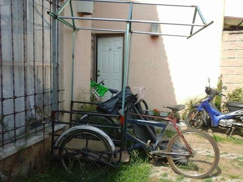 triciclo con base  para sombra