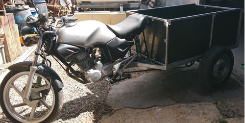 triciclo de carga para sitio
