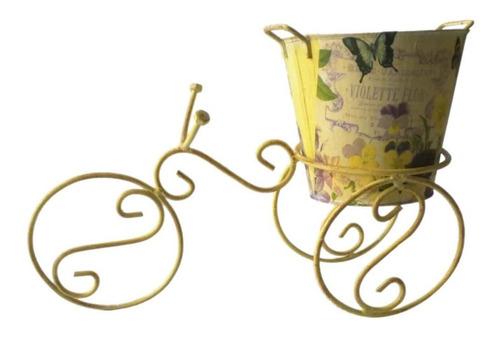triciclo decorativo con maceta, centros, jardín, floreros