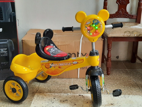 triciclos  musicales.  nuevos