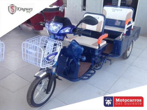 trimoto eléctrico con baterías carga y pasajeros