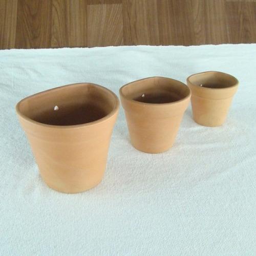 trio de vasos de parede em cerâmica crua