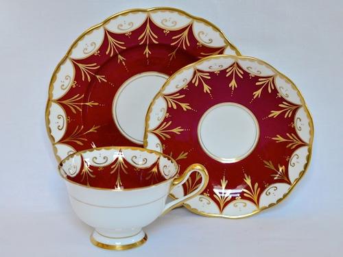 trio para te porcelana royal albert burgundy & gold c1950