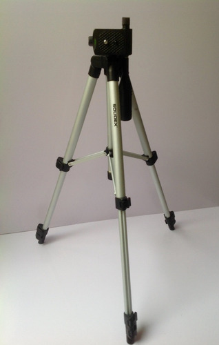 tripie semiprofesional de aluminio alt. min. 35cm max. 88 cm