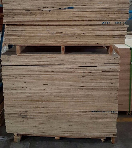 triplay de pino 3/4  (18mm) 115cm x 115cm
