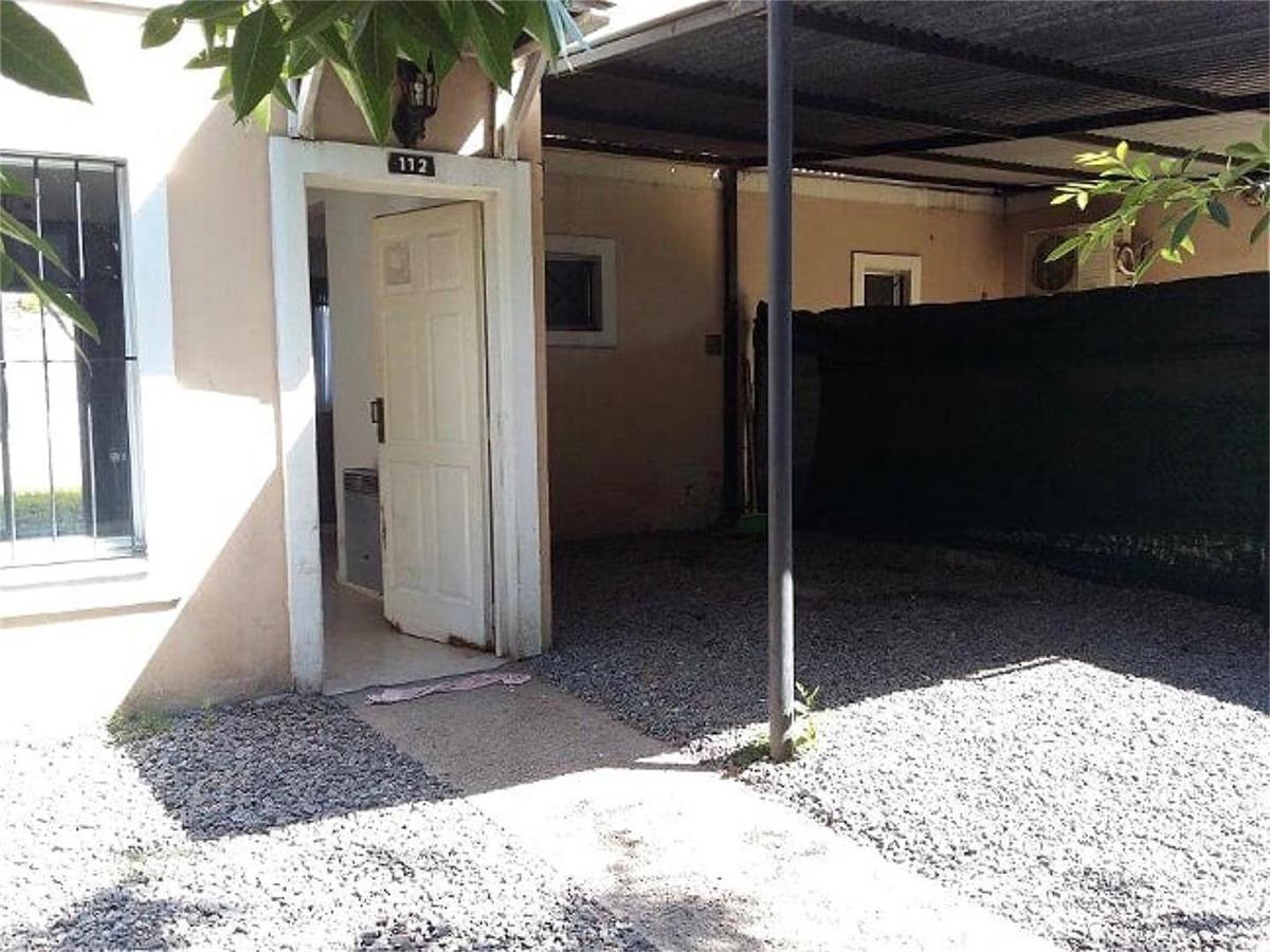 triplex 3 amb. sala de juegos, cochera y patio