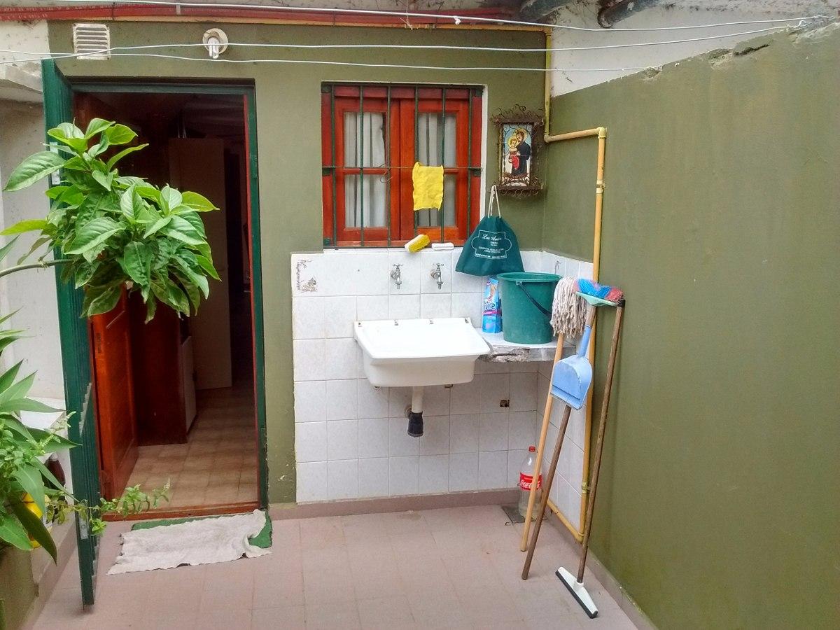 triplex 4 amb  venta av tucuman ideal vivienda permanente