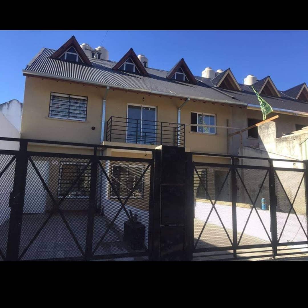 triplex 4 ambientes villa luzuriaga