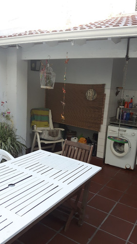 triplex 5 amb tipo chalet barrio residencial