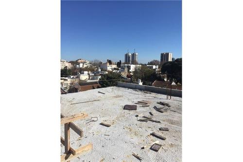 triplex  c/balcon terraza  y terrraza propia!!!