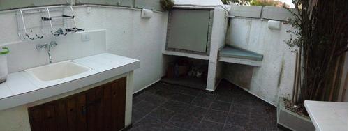 triplex con cochera cubierta y playroom