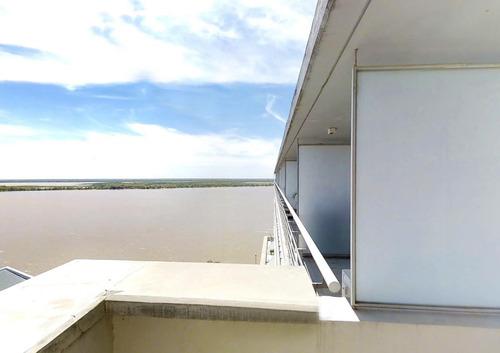 triplex de 2 dormitorios con vista al rio