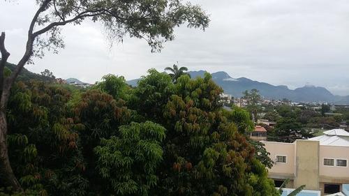 triplex em condominio vista eterna para verde