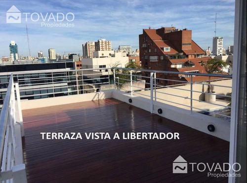 triplex en venta sobre la av. del libertador en belgrano - 2 ambientes con terraza y cochera