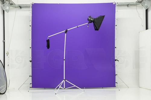 tripode jirafa con contrapeso para iluminacion fotografía