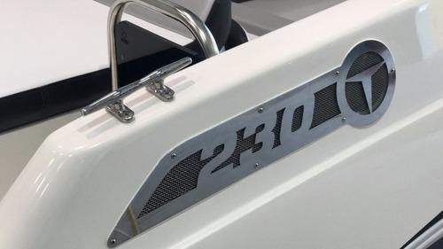 triton 230 open + 200hp - focker fs 230
