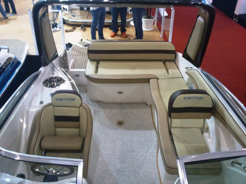 triton 250 cab  + 250hp  - focker fs 230 são paulo