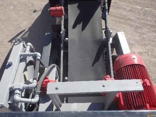 trituradora quebradora de piedra tipo cono con criba remolca