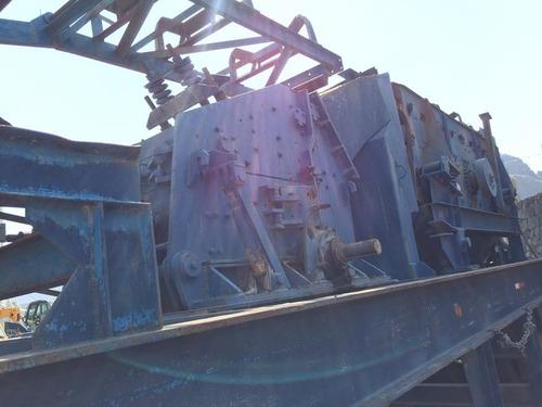 trituradora secundaria impacto 40x40 rocosa con criba