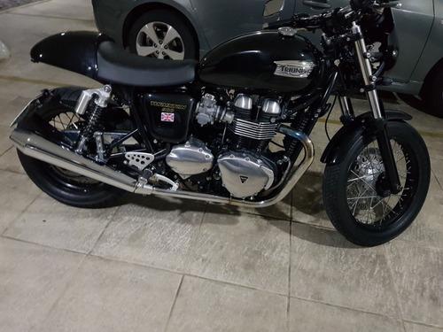 triump thruxton 900cc
