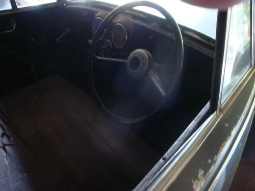 triumph 1800 cc mayflower 1946.