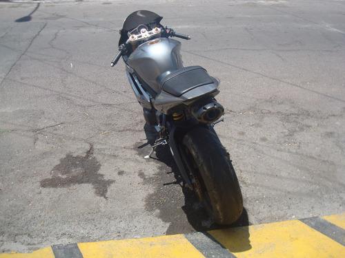 triumph daytona 675 2007 r1 r6 cbr gsxr ninja motomaniaco