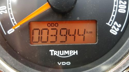 triumph scrambler 900 2011 3500km