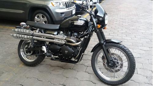 triumph scrambler  900cc 2013