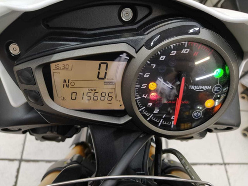 triumph speed triple 1050 r branca 2017 - target race