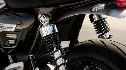 triumph speed twin  - hilton motors