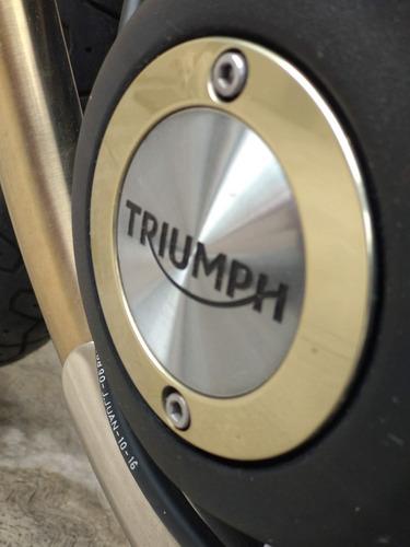 triumph street cup 2017, cafe racer británica de 900cc