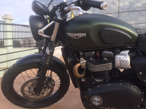 triumph - street scrambler 900cc