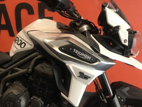 triumph - tiger 1200 xcx - branca