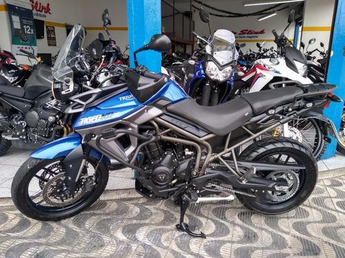 triumph tiger 800 moto