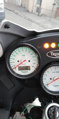 triumph tiger 955i 2006