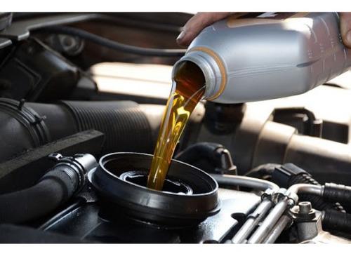 troca de óleo do motor e filtros na residência