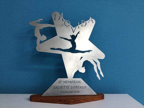 trofeo placa plateada futbol patin tenis golf  x 15 cm