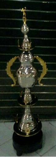 trofeo plateado