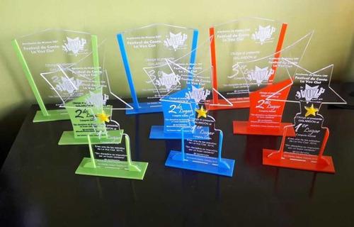 trofeos en acrilico grabado laser medallas placas 25cm-1b