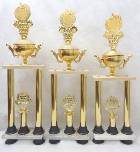 trofeos - terna de trofeos.