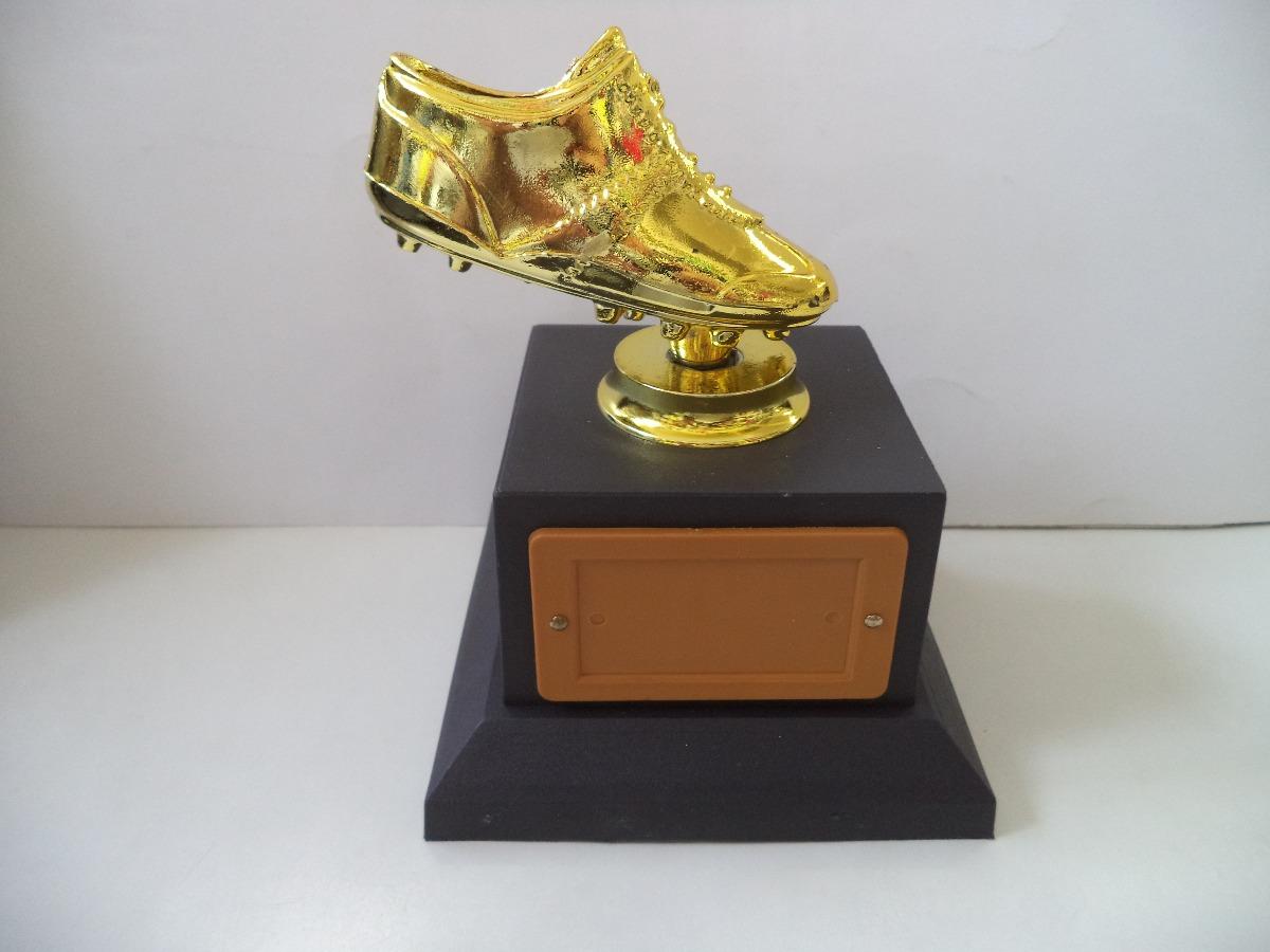 a2497a2bf84ba troféu chuteirinha de ouro (14 cm). Carregando zoom.
