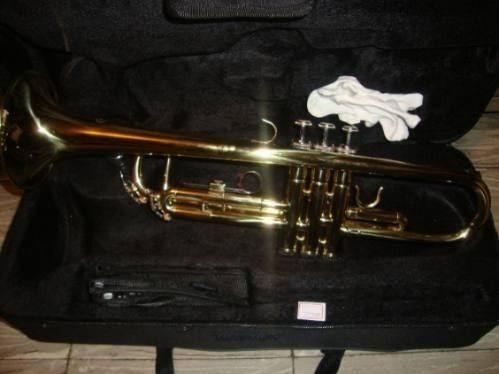 trompeta conductor m5210 con estuche duro