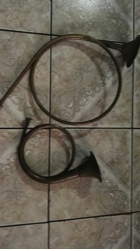 trompetas antiguas de bronce