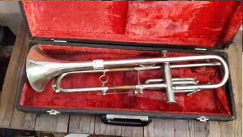 trompete antigo usado - no estado