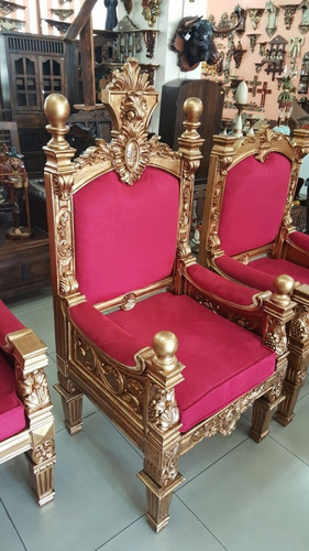 trono tallado en madera