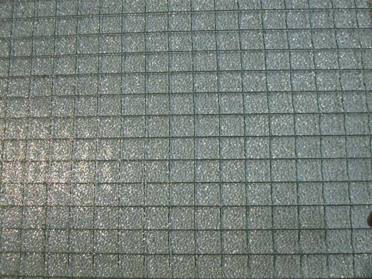Trozo de vidrio con malla metalica de seguridad 50x154cm Malla mosquitera metalica
