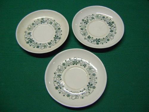 três pires antigos p/ xícara chá porcelana pozzani jundiaí